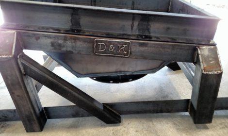 焊接与装配工作